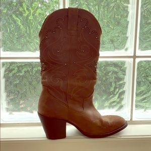 GUESS Cowgirl Boots